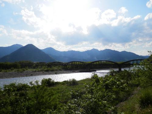 千曲川沿い(長野県埴科郡坂城町坂城)