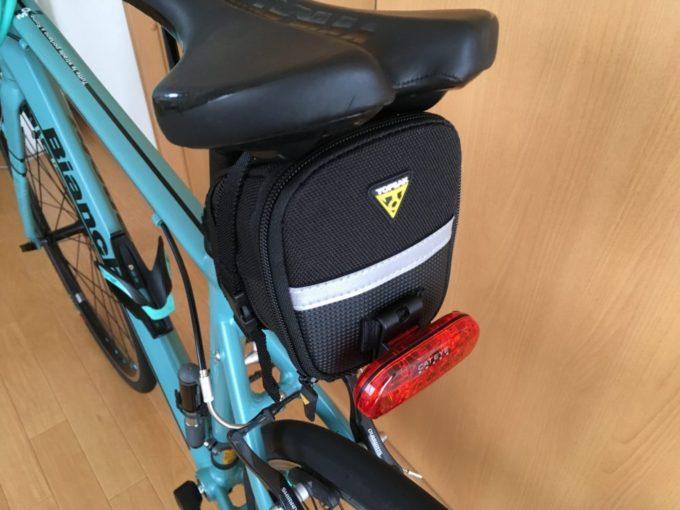 Bianchi ROMA3に付けたサドルバッグ
