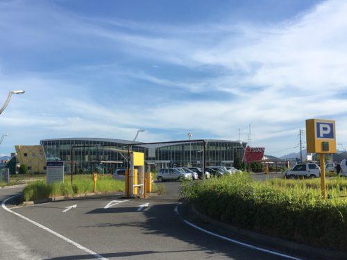 津名港ターミナル駐車場