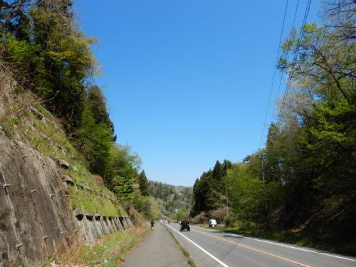県道31号の馬越石トンネルを抜けた先