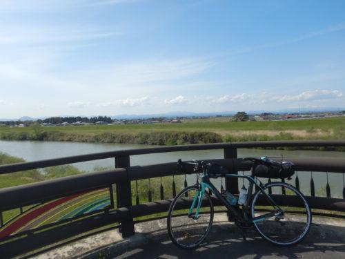 国道4号沿いの鳴瀬川
