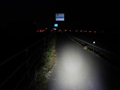 ロードバイクで国道4号をナイトライド