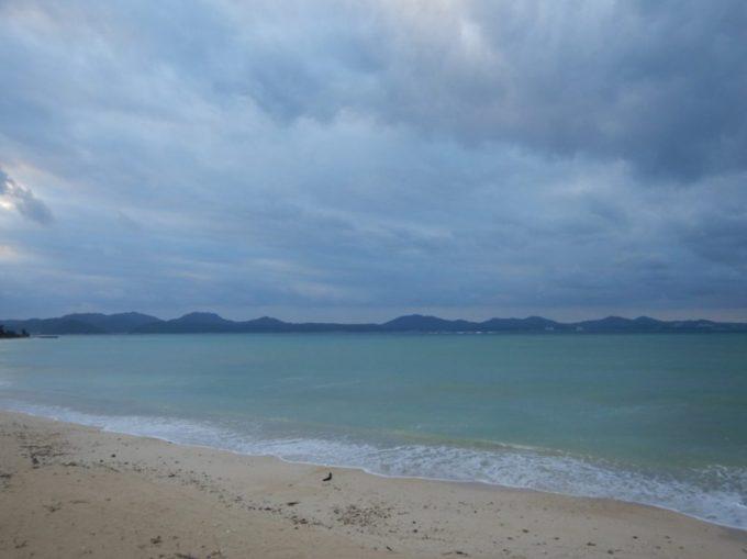 沖縄県道449号から見える海
