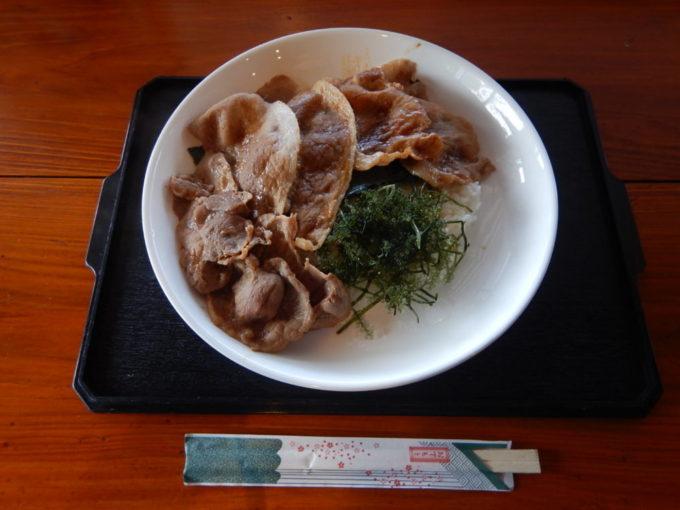 お食事処 島の駅、古宇利島丼