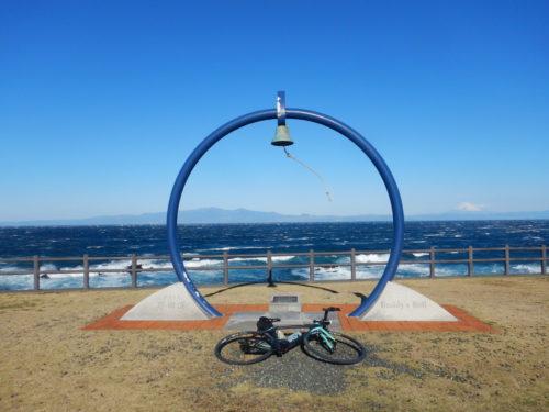 伊豆大島の野田浜バディズベル