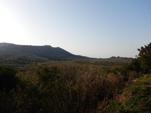 三原山山頂展望台の展望広場