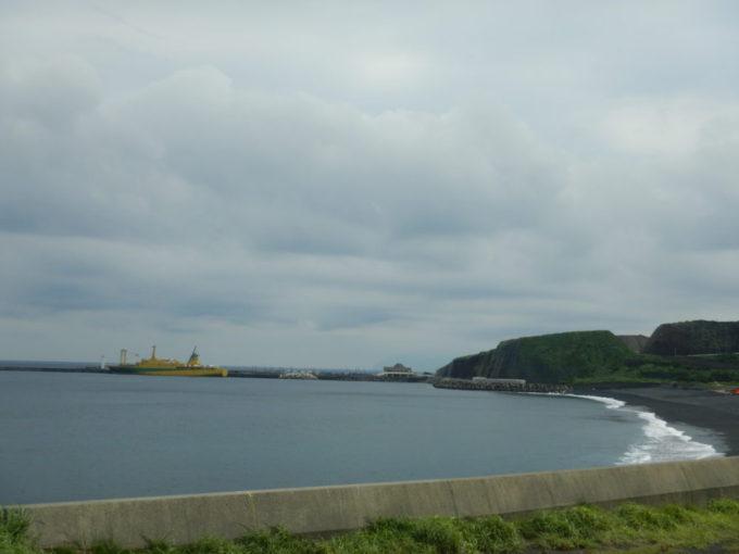 三池港の大型客船