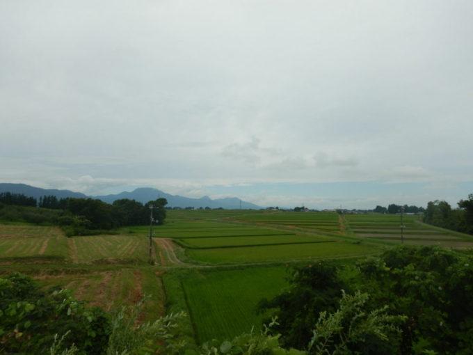 セブンイレブンいわき花巻空港前店からの景色