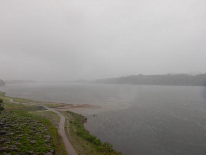 岩手県盛岡市の御所湖