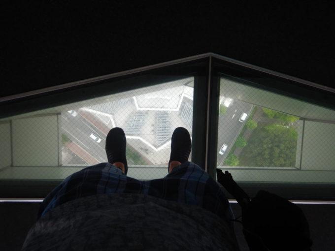 五稜郭タワーのシースルーフロア