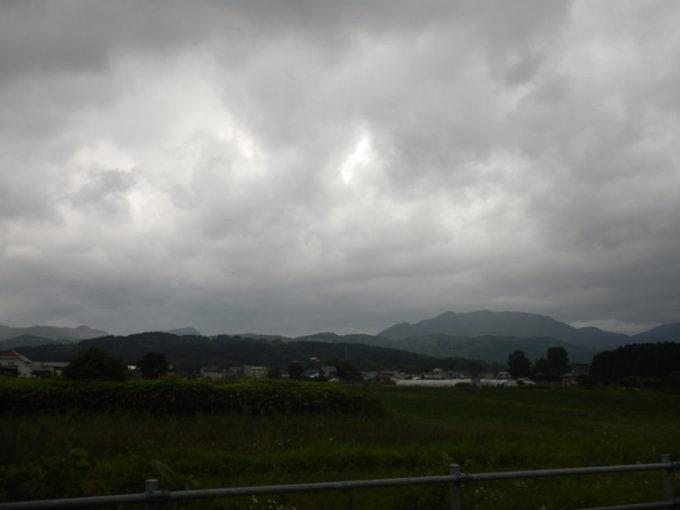 北海道北斗市の国道227号を走る