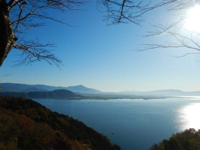 奥琵琶湖パークウェイ、つづら尾崎展望台からの眺め